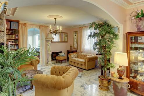 Maison de luxe à vendre MENTON, 200 m², 4 Chambres, 750000€