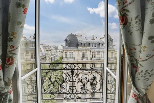 Appartement de luxe à vendre PARIS 7E, 80 m², 2 Chambres, 1590000€
