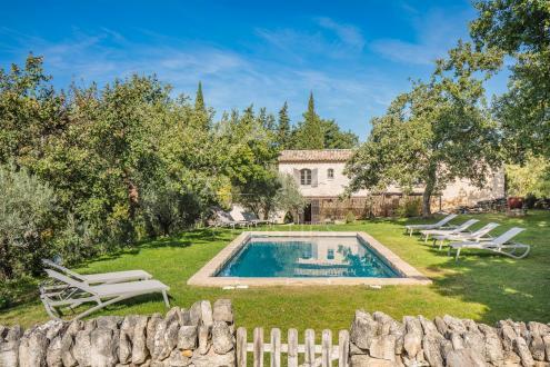 Дом класса люкс на продажу  Лакост, 200 м², 5 Спальни, 1495000€