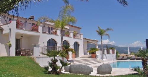Maison de luxe à louer OPIO, 500 m², 7 Chambres,