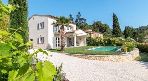 Luxury Property for sale VALBONNE, 170 m², 4 Bedrooms, € 1 950 000