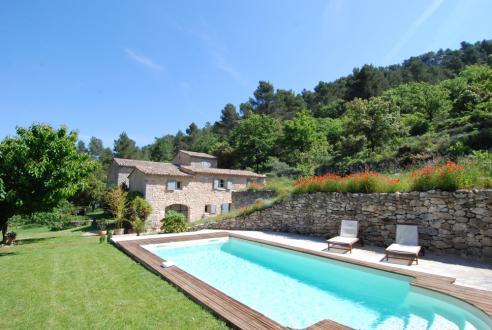Maison de luxe à louer MENERBES, 80 m², 2 Chambres,