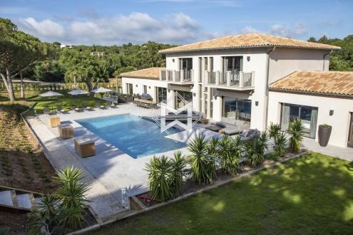 Maison de luxe à louer LA CROIX VALMER, 470 m², 6 Chambres
