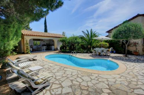 Maison de luxe à vendre SAINT AYGULF, 135 m², 4 Chambres, 590000€