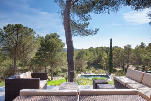 Поместье класса люкс на продажу  Экс-Ан-Прованс, 330 м², 4 Спальни, 2600000€