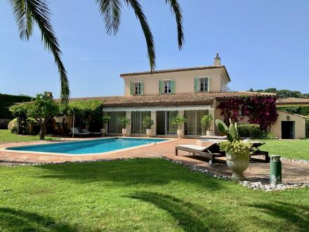 Luxus-Villa zu verkaufen SAINT TROPEZ, 207 m², 4 Schlafzimmer, 3500000€
