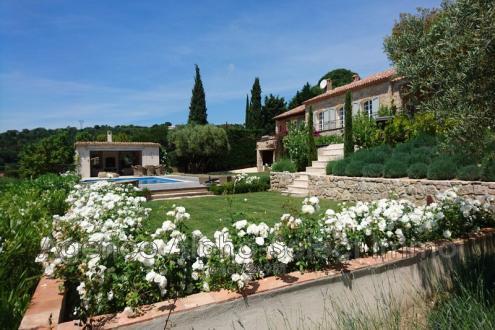 Villa de luxe à vendre GRIMAUD, 280 m², 5 Chambres, 4800000€