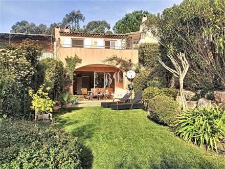 Luxus-Villa zu verkaufen GASSIN, 83 m², 3 Schlafzimmer, 690000€
