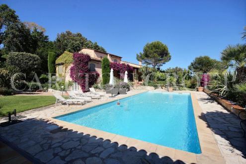 Luxus-Haus zu vermieten BIOT, 200 m², 5 Schlafzimmer, 5500€/monat