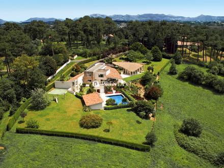 Luxus-Haus zu verkaufen BIDART, 400 m², 7 Schlafzimmer, 3750000€