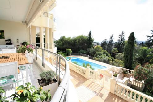 Luxus-Wohnung zu verkaufen LE CANNET, 92 m², 2 Schlafzimmer, 700000€