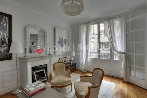 Luxury Apartment for sale PARIS 17E, 90 m², 2 Bedrooms, €1120000