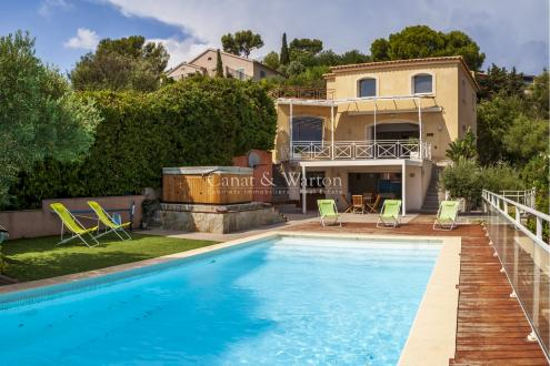 Villa de luxe à vendre HYERES, 236 m², 6 Chambres, 1190000€