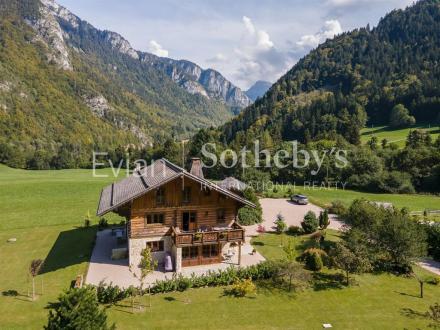 Luxus-Chalet zu verkaufen BONNEVAUX, 290 m², 1580000€