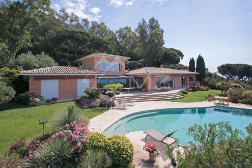 Maison de luxe à louer CANNES LA BOCCA, 320 m², 6 Chambres,