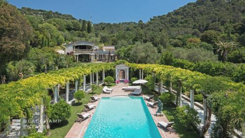 Luxury House for rent CANNES, 1000 m², 5 Bedrooms,