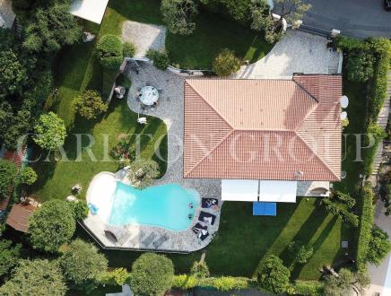 Villa de luxe à vendre ROQUEBRUNE CAP MARTIN, 225 m², 3 Chambres, 2650000€