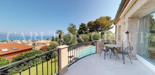 Villa de luxe à vendre ROQUEBRUNE CAP MARTIN, 239 m², 3 Chambres, 2650000€