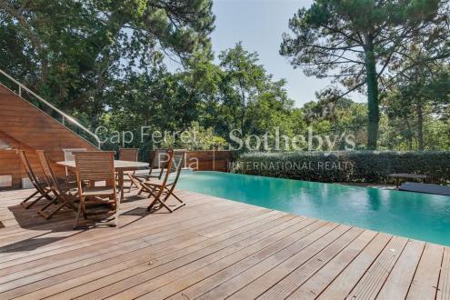 Luxus-Haus zu verkaufen ARCACHON, 386 m², 6 Schlafzimmer, 3065000€