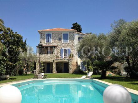 Luxus-Villa zu verkaufen LA COLLE SUR LOUP, 315 m², 6 Schlafzimmer, 1090000€