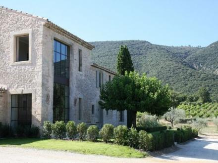 Luxus-Haus zu vermieten BONNIEUX, 280 m², 5 Schlafzimmer,
