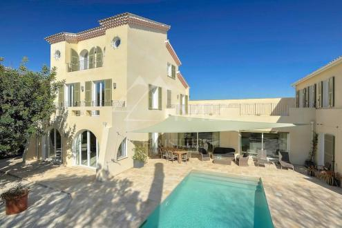 Luxury House for sale CAP D'ANTIBES, 320 m², 6 Bedrooms, €5000000