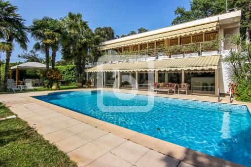 Luxury Villa for sale CAP D'ANTIBES, 230 m², 4 Bedrooms, €2965000