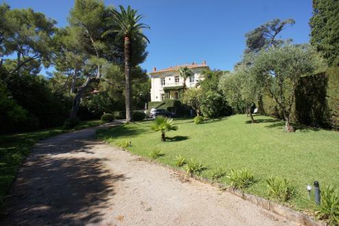 Luxus-Villa zu vermieten SAINT JEAN CAP FERRAT, 2300 m², 4 Schlafzimmer, 110000€/monat