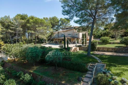 Villa de luxe à vendre MOUGINS, 361 m², 6 Chambres, 3900000€
