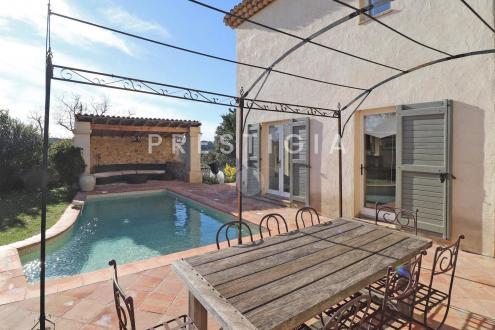 Villa de luxe à vendre VALBONNE, 169 m², 4 Chambres, 1590000€