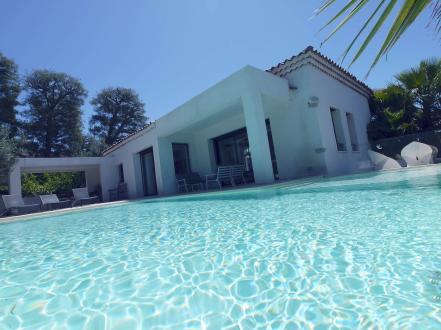 Maison de luxe à vendre MARSEILLE, 221 m², 4 Chambres, 2550000€