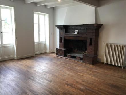 Luxe Huis te huur ROUILLAC, 100 m², 3 Slaapkamers, 650€/maand