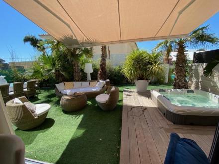 Luxus-Wohnung zu verkaufen SANARY SUR MER, 80 m², 2 Schlafzimmer, 600000€