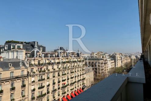 Квартира класса люкс на продажу  Париж 8ой, 3 Спальни