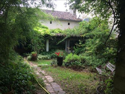Дом класса люкс на продажу  SAINT ETIENNE DE VILLEREAL, 477 м², 6 Спальни, 832000€