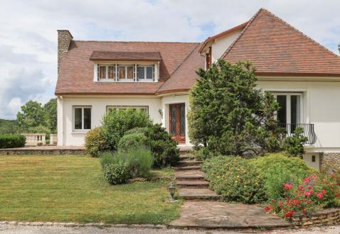 Maison de luxe à vendre RAMBOUILLET, 450 m², 5 Chambres, 949000€