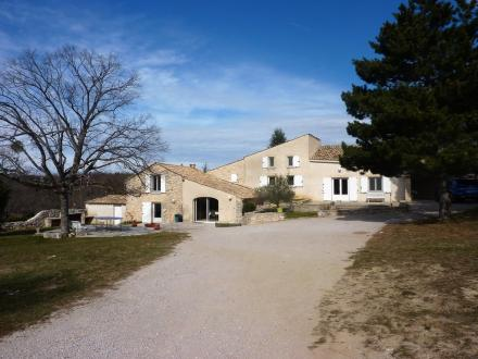 Maison de luxe à vendre SIMIANE LA ROTONDE, 280 m², 5 Chambres, 735000€