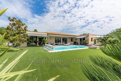 Villa de luxe à vendre GRIMAUD, 160 m², 3 Chambres, 1290000€