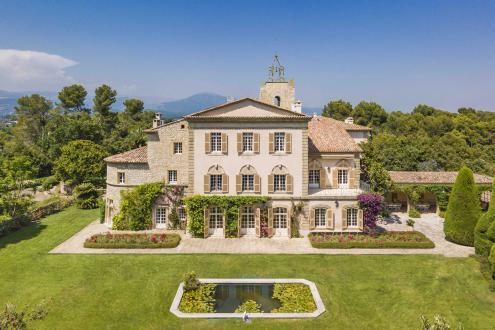 Maison de luxe à louer VALBONNE, 1200 m², 9 Chambres,