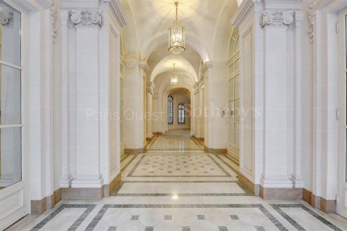 Appartement de luxe à vendre PARIS 8E, 84 m², 1 Chambres, 1365000€
