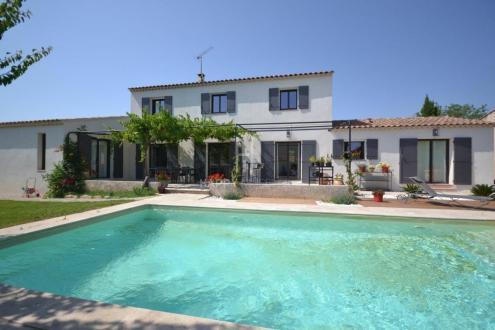 Maison de luxe à vendre MAUSSANE LES ALPILLES, 215 m², 4 Chambres, 1200000€