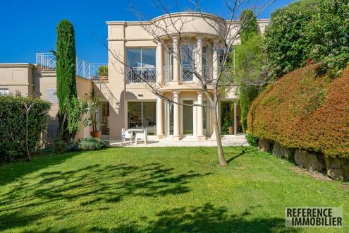 Villa de luxe à vendre MARSEILLE, 220 m², 5 Chambres, 2390000€