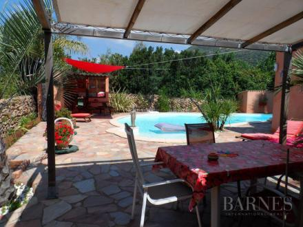 Luxury Property for sale PIANOTOLLI CALDARELLO, €1060000