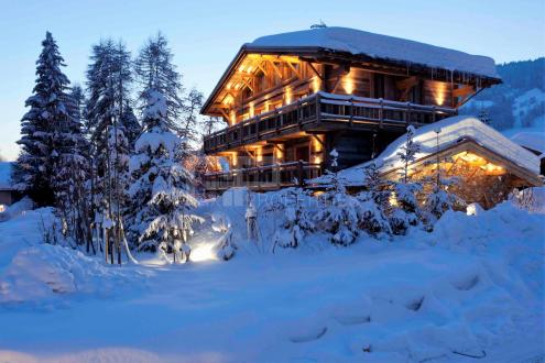 Luxury Chalet for sale MEGEVE, 390 m², 5 Bedrooms, € 4 900 000