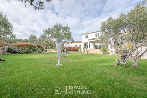 Luxus-Haus zu verkaufen VILLENEUVE LES AVIGNON, 220 m², 5 Schlafzimmer, 998000€