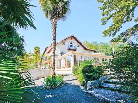 Luxus-Haus zu verkaufen PAU, 554 m², 12 Schlafzimmer, 770000€