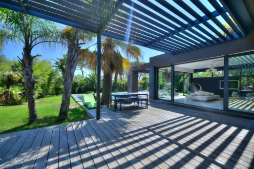 Maison de luxe à vendre SAINT RAPHAEL, 220 m², 5 Chambres, 1890000€