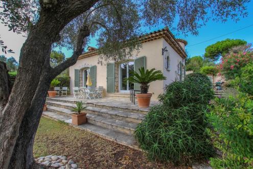 Luxury Villa for sale CAP D'ANTIBES, 92 m², 2 Bedrooms, €1090000