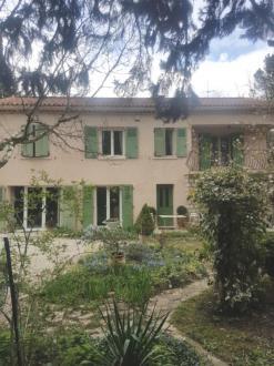 Maison de luxe à vendre EGUILLES, 160 m², 5 Chambres, 698000€