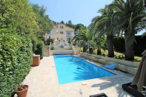 Luxury Villa for sale MOUGINS, 250 m², €1450000